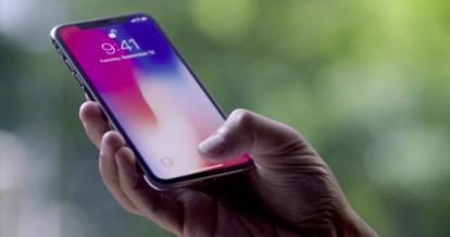 iPhone X, Samsung'un evinde kapış kapış gidiyor!