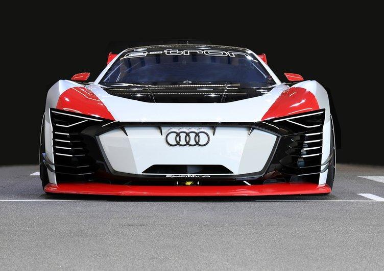 Audi e-tron Vision Gran Turismo'nun gerçeğini ürettiler