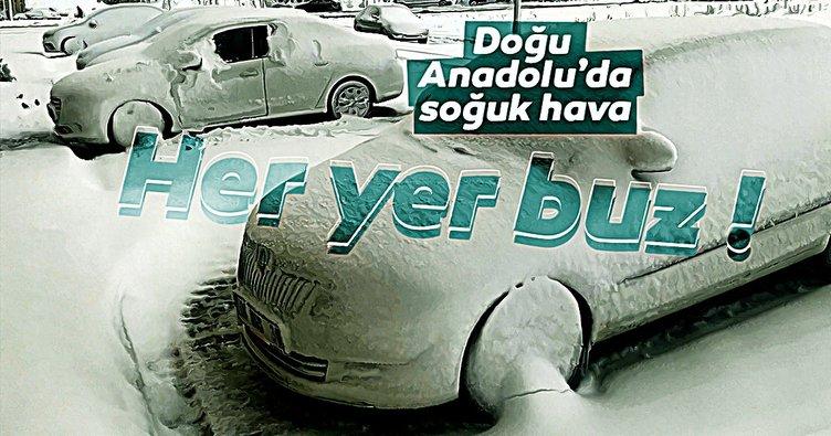 Doğu Anadolu'da soğuk hava etkisini gösterdi! Ev ve otomobillerin camları buz tuttu!
