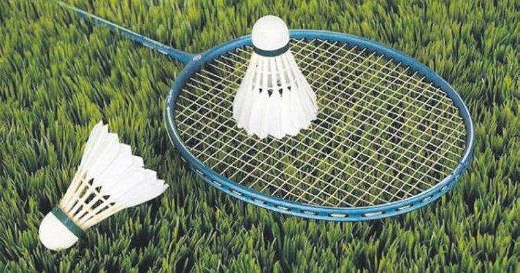 Badmintonda top sektirme yarışması büyük ilgi çekti
