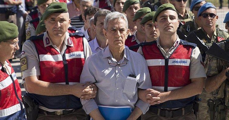 Akın Öztürk: Darbeyi dış destekli FETÖ yaptı