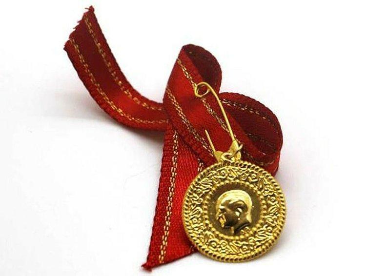 Son Dakika - Altın fiyatları bugün ne kadar oldu? Cumhuriyet çeyrek altın fiyatları 17 Mayıs...