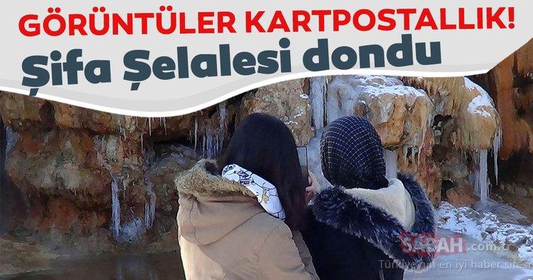 Afyonkarahisar'da Şifa Şelalesinin donmasıyla kartpostallık görüntü ortaya çıktı