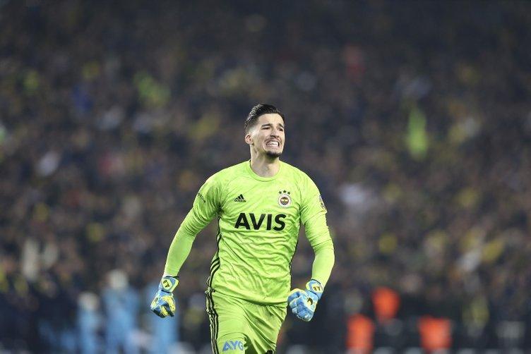 Fenerbahçeli Altay Bayındır'dan Emre Belözoğlu ve Volkan Demirel sözleri!
