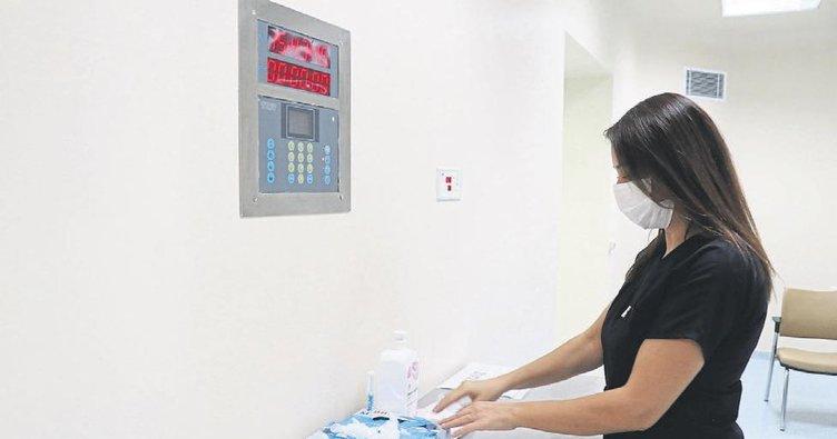 Doktorlar koronavirüs sürecinde yaşadıklarını anlattı