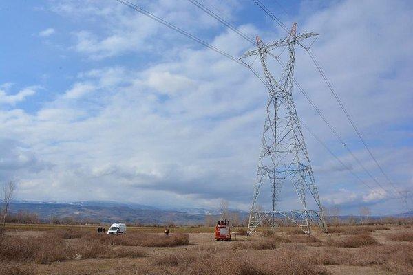 Kayıp adamın cesedi elektrik direğinde bulundu