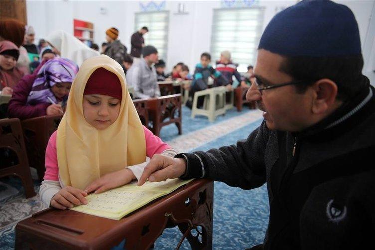 Ahıskalı çocuklar Kur'an-ı Kerim öğreniyor