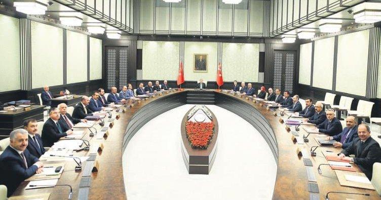 Partili cumhurbaşkanıyla ilk Bakanlar Kurulu