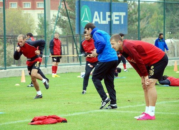 Türk Futboluna damga vuracak futbolcular