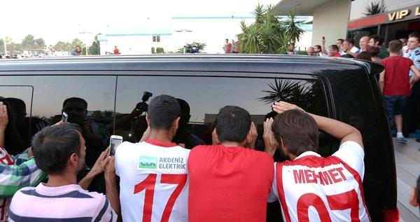 Antalya'da Samuel Eto'o coşkusu