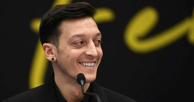 SON DAKİKA: Mesut Özil'in imza törenine damga vuran an! Bir daha asla diyerek açıkladı...