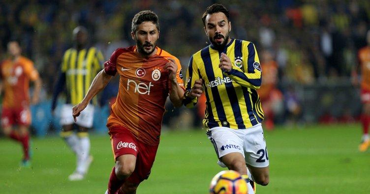 Sabri Sarıoğlu'nun transferi bayramdan sonraya kaldı