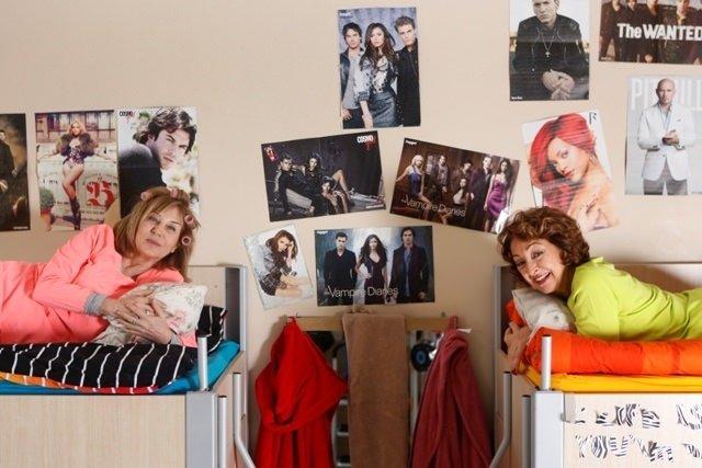 Ayşe Kulin ile İpek Ongun dostluklarının başladığı yatakhanede buluştu