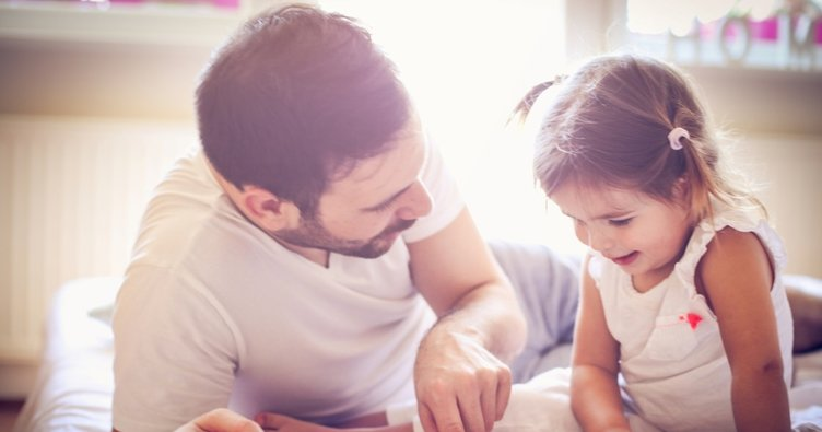 Baba ilgisi gören çocuklar daha mı zeki oluyor?