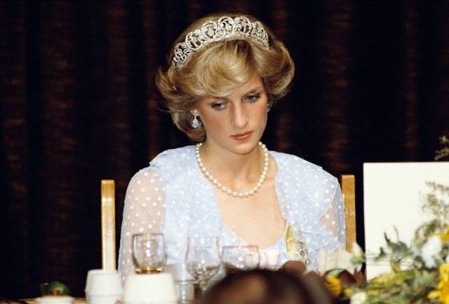 İşte Kraliçe Elizabeth'in Diana'nın kaza geçirdiğini öğrendiğinde verdiği ilk tepki
