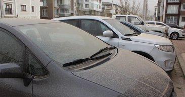 Bolu'da araçlar çamura bulandı