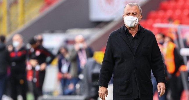 Son Dakika Haberi: Galatasaray'da dev transfer harekatı! 2 isim yolcu, Fatih Terim'e kötü haber