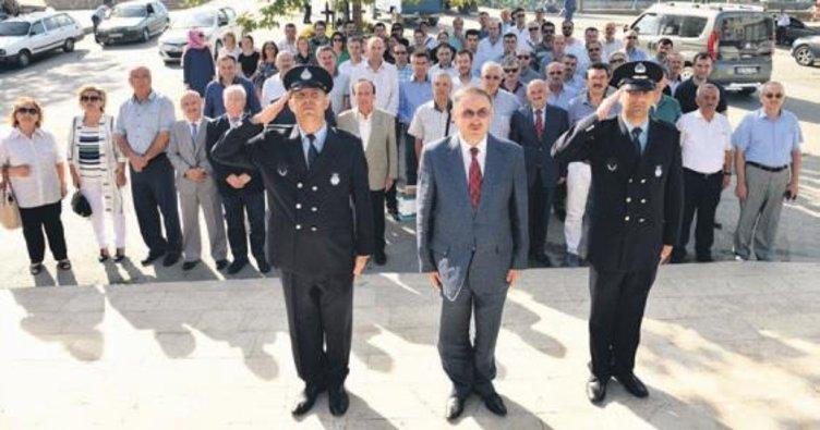 Mustafakemalpaşa Belediyesi 136'ncı kuruluş yıldönümünü kutladı