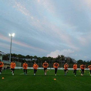 Galatasaray, Antalya kampında ilk çalışmasını yaptı