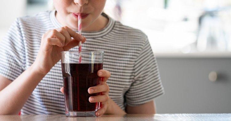 Sık tüketilen asitli içecekler bakın neye neden oluyor