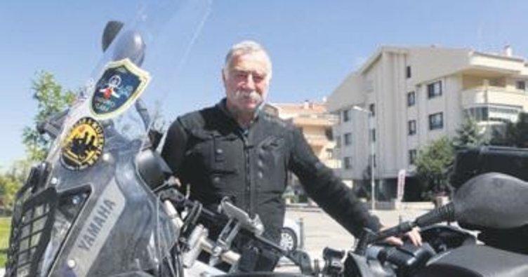 67 yaşında, motosikletle 81 vilayeti gezecek