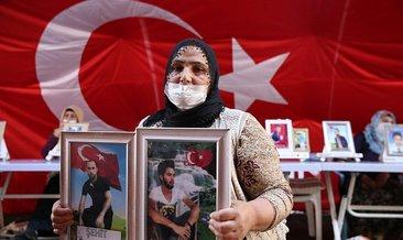Evlat nöbetindeki anne: İki evlat acısıçekiyorum #hakkari