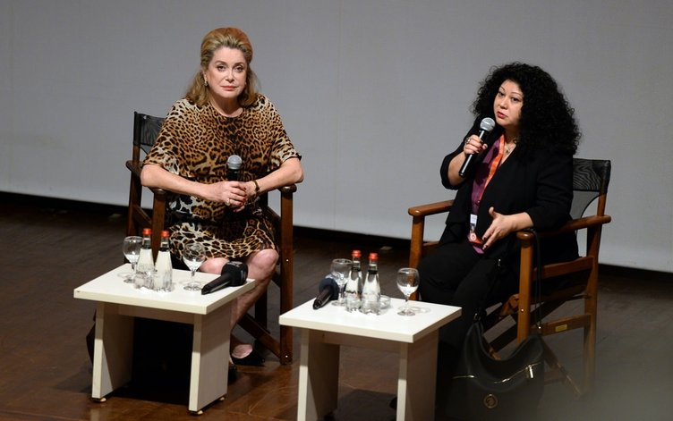 Antalya Film Festivali kortejle başladı
