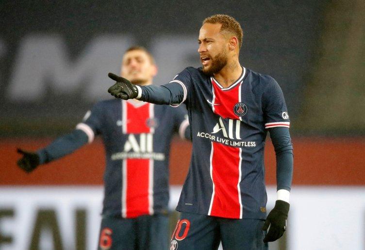 Paris Saint Germain'in Brezilyalı yıldızı Neymar'ın yılbaşı partisi çok konuşuldu! İşte partiye katılanlar...