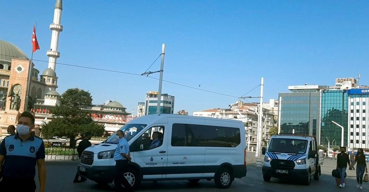 İBB Taksim meydanındaki simitçileri kaldırıyor
