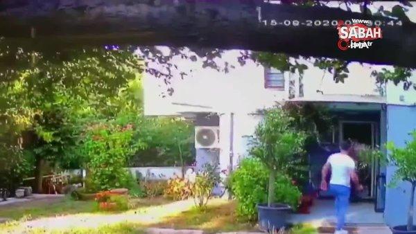 Son dakika! Halil Sezai yaşlı adamı öldüresiye böyle dövdü   Video