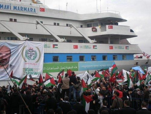 Mavi Marmara İstanbul'a döndü
