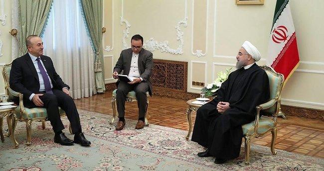 İran Cumhurbaşkanı ile Mevlüt Çavuşoğlu görüştü