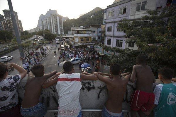 Rio'nun karanlık yüzü!
