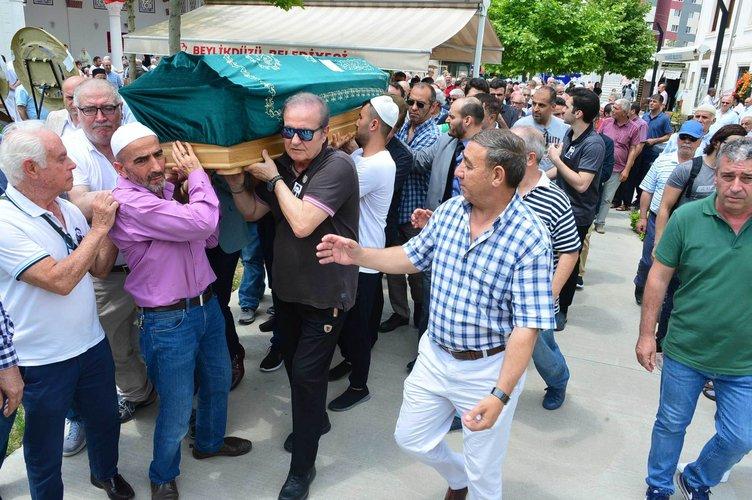Neşe Karaböcek oğlunun cenazesinde gözyaşlarına boğuldu