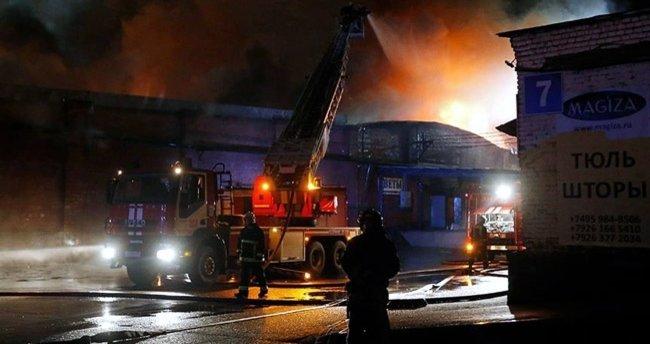 Moskova'da 8 itfaiyeci hayatını kaybetti