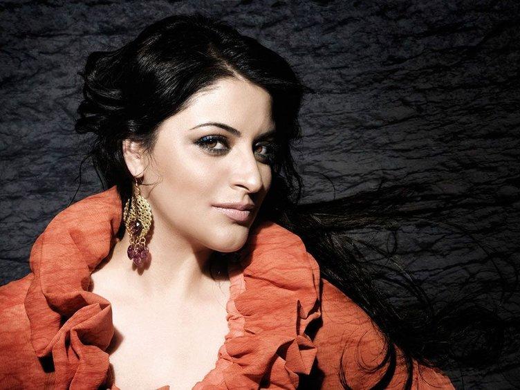 Şarkıcı Zara'nın inanılmaz değişimi