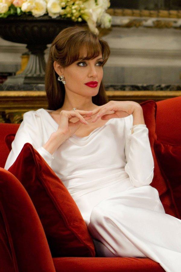 Brad Pitt ve Angelina Jolie neden ayrıldı?