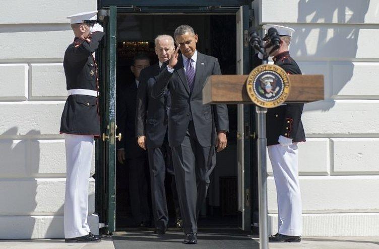 Obama'dan güldüren hareket