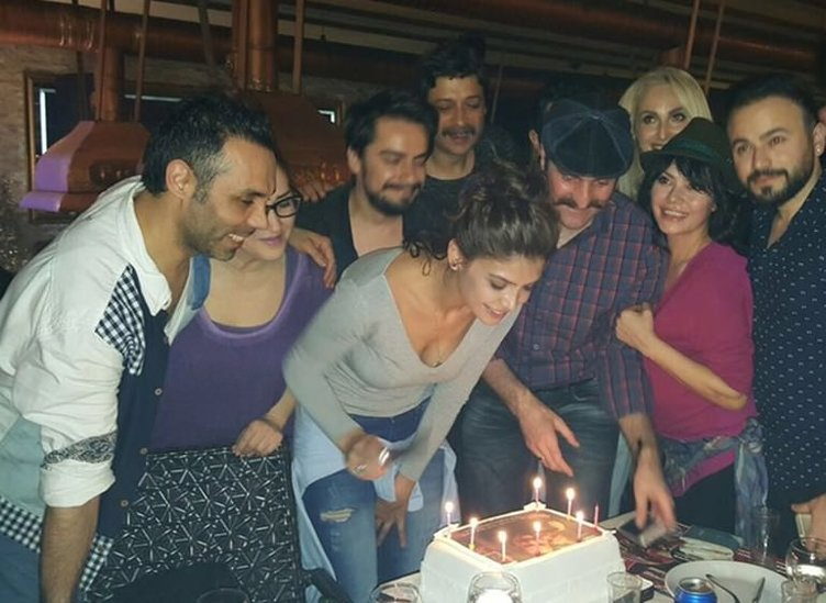 Timur Acar'dan Eda Özerkan'a sürpriz doğum günü