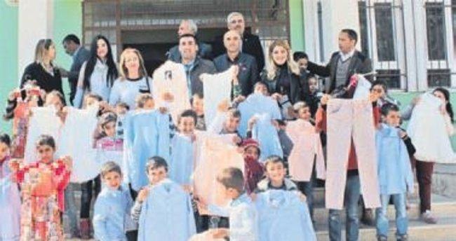 150 öğrenciye kıyafet yardımı
