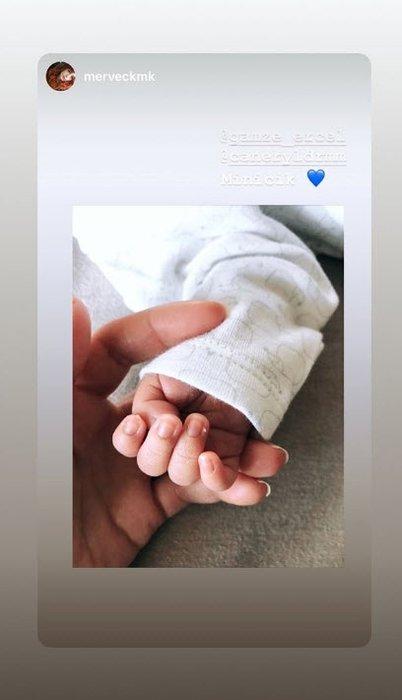 Son dakika haberi: Hande Erçel'in ablası Gamze Erçel kızının ilk fotoğrafını paylaştı! İşte Gamze Erçel'in kızı Mavi...