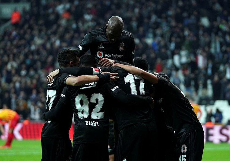 Beşiktaş - Kayserispor maçı sonrası duygusal anlar! Abdullah Avcı...