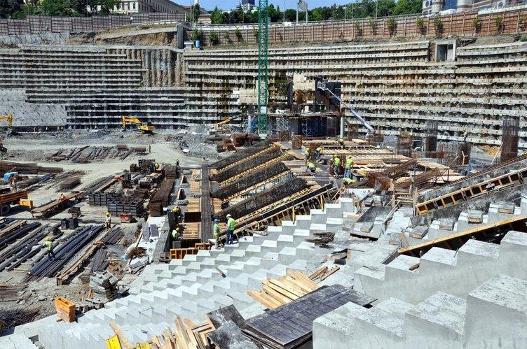 Vodafone Arena inşaatından son kareler (25 Haziran 2014)