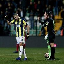Fenerbahçe tribünlerinden Slimani'ye tepki