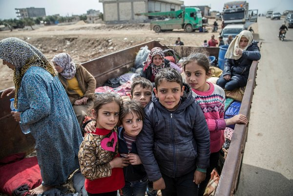 Afrinli çocuklar terörden kurtulmanın sevincini yaşıyor