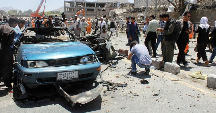 Afganistan'da bombalı saldırı: 5 ölü!