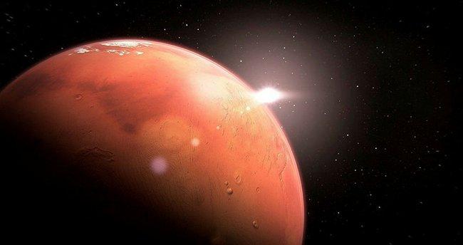 Kızıl Gezegen tehlike altında! NASA dünyadaki mikropları Mars'a taşıdı