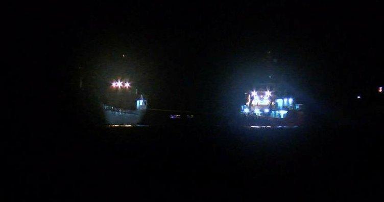 Boğazda sürüklenen yük gemisi son anda durabildi