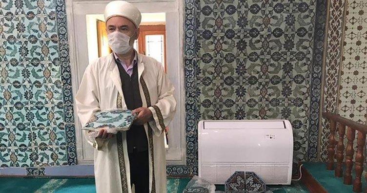 Kaçakçılık operasyonunda ele geçirilen tarihi çiniler camiye teslim edildi