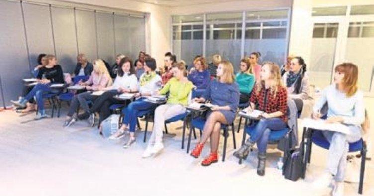 Yabancı gelinler Türkçe dersi aldı